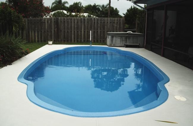 Residential Pool resurfacing with AquaGuard 5000