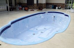 Residential Swimming Pool Repair - AquaGuard 5000
