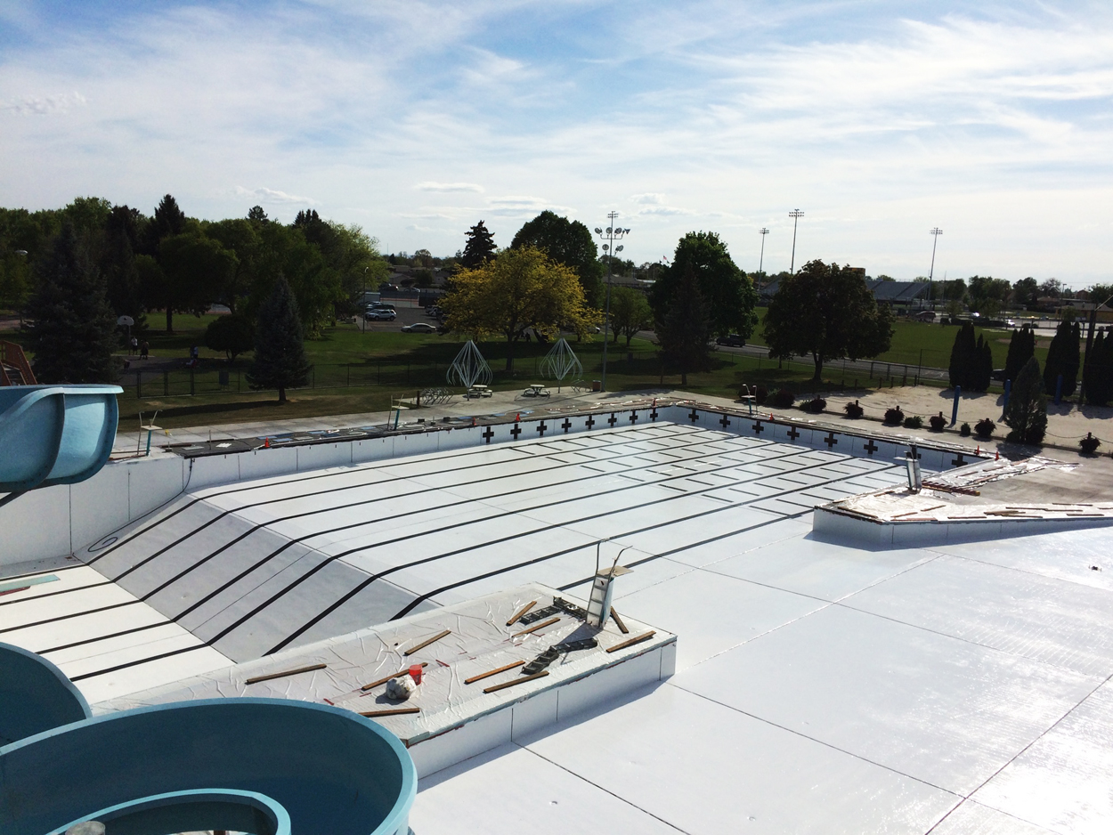 Commercial fiberglass pool refinishing pool coatings for Commercial pools