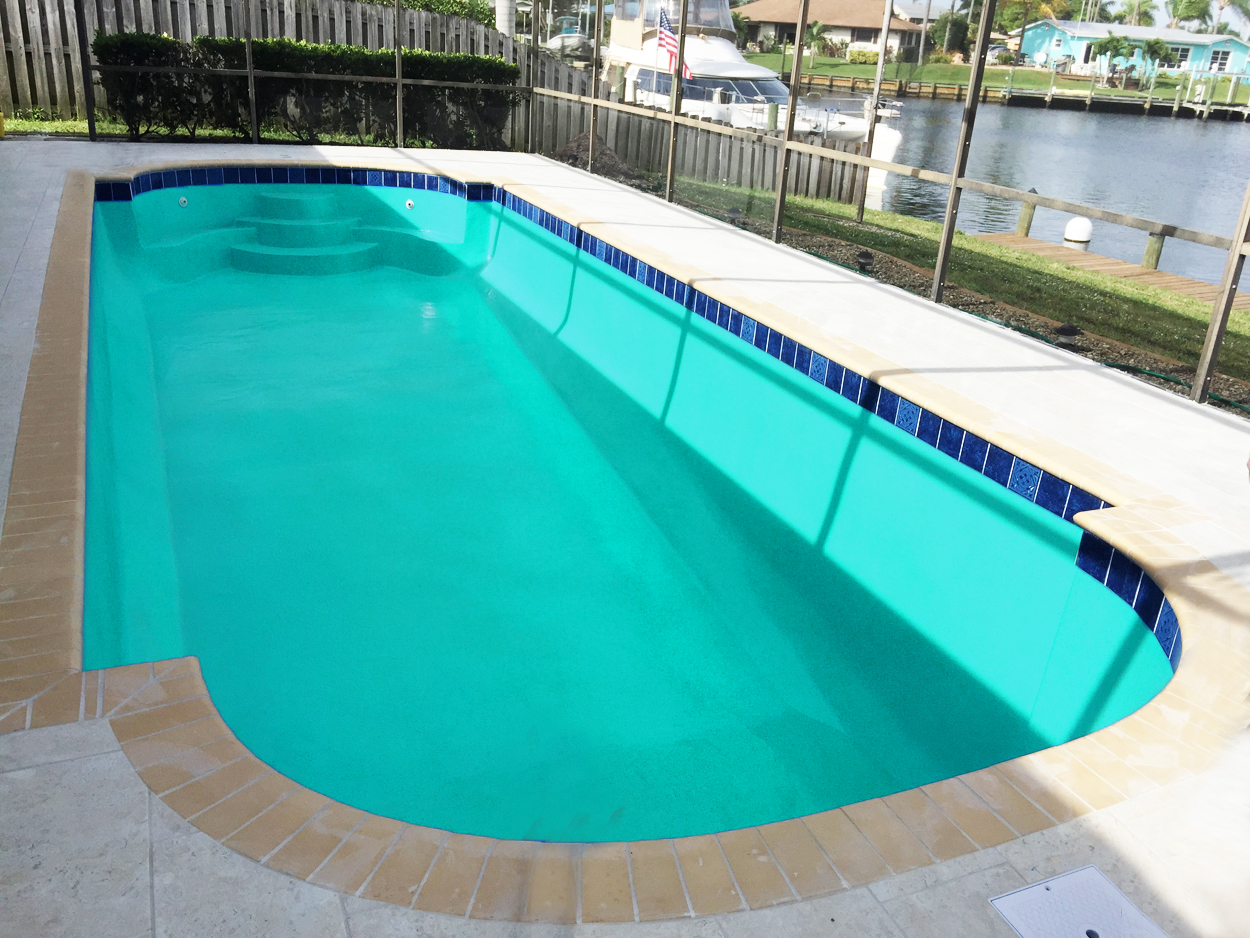 Aquaguard 5000 colors swimming pool paint finishes for Swimming pool trade show barcelona