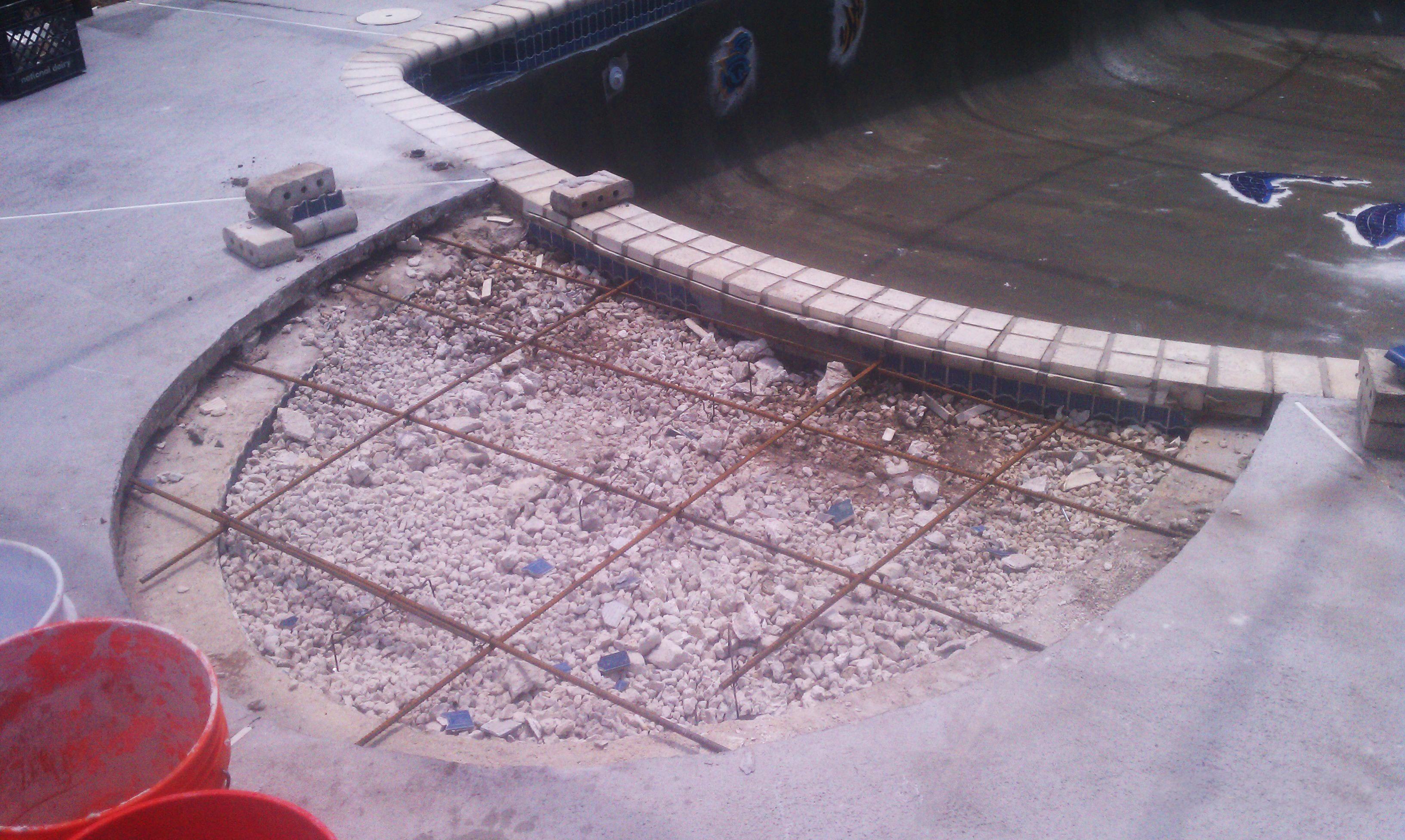 Residential fiberglass pool paint and repair aqua guard 5000 for Epoxy pool paint