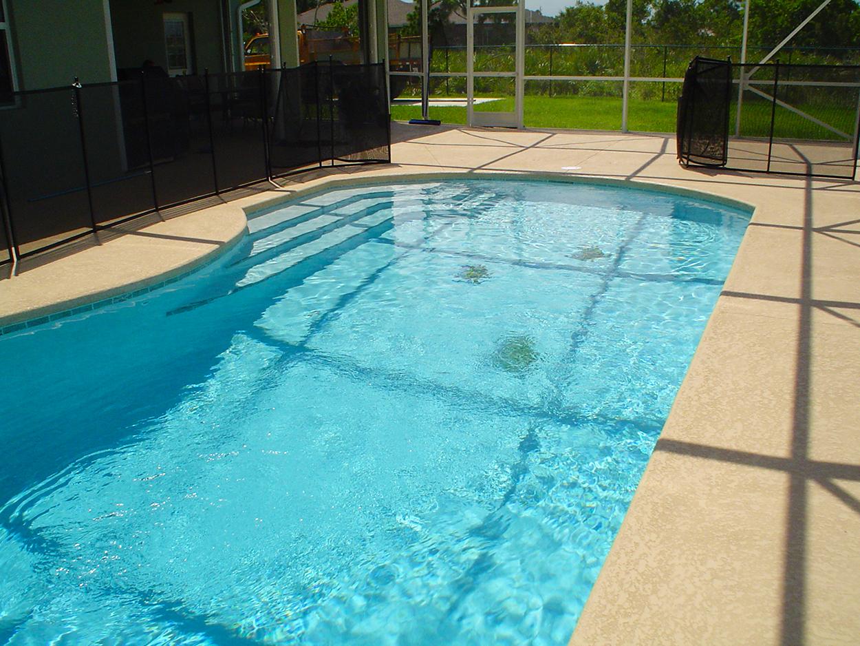 Pool Repair and Restoration with AquaGuard 5000 Epoxy Pool Paint