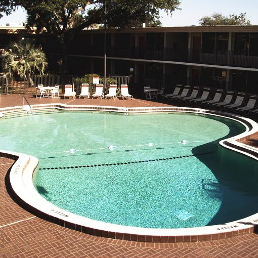 Commercial Swimming Pool Refinishing
